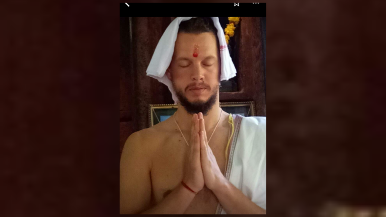 I Use Chanting to Cleanse, Balance, Align my Internal Systems: Nik Mimpen